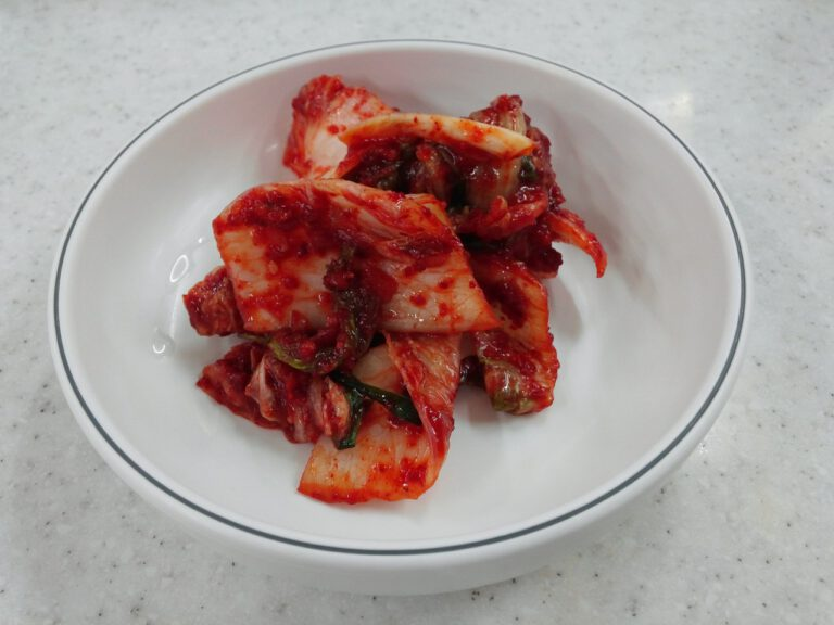 How To Make Korean Spicy Cabbage (Kimchi) at Home?